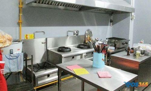 bếp nhà hàng nhỏ