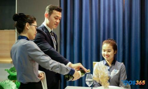 Cách quản lý nhân viên phục vụ nhà hàng