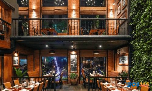 mặt bằng nhà hàng