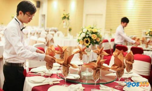 phục vụ tiệc cưới