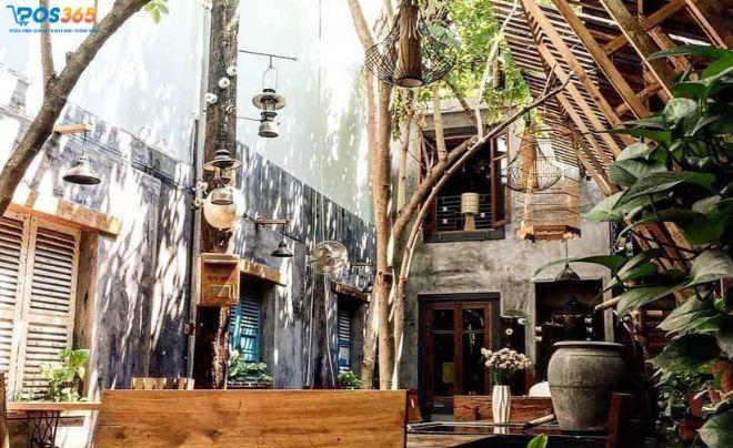 An Cafe cá Koi Nha Trang
