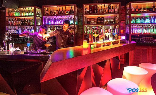 âm nhạc trong quán bar