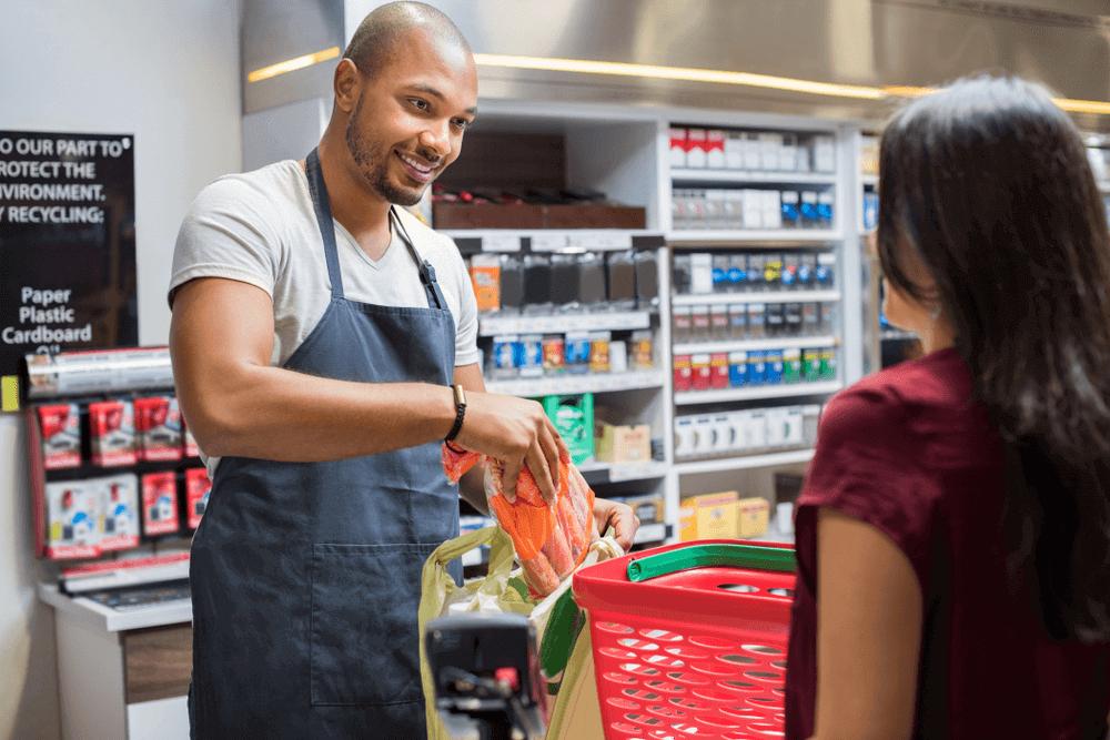 Kinh doanh cửa hàng tạp hóa, những mặt hàng không thể thiếu