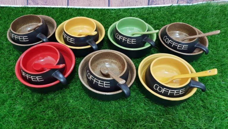 trang-thiet-bi-can-thiet-de-mo-quan-cafe
