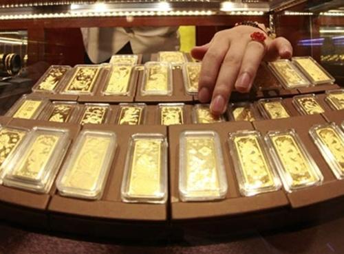Vàng lại dò đáy, USD sắp kịch trần