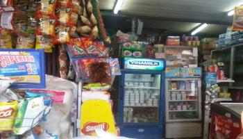 Cửa hàng tự chọn Yến Vân